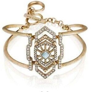 Chloe and Isabel portico hinge cuff